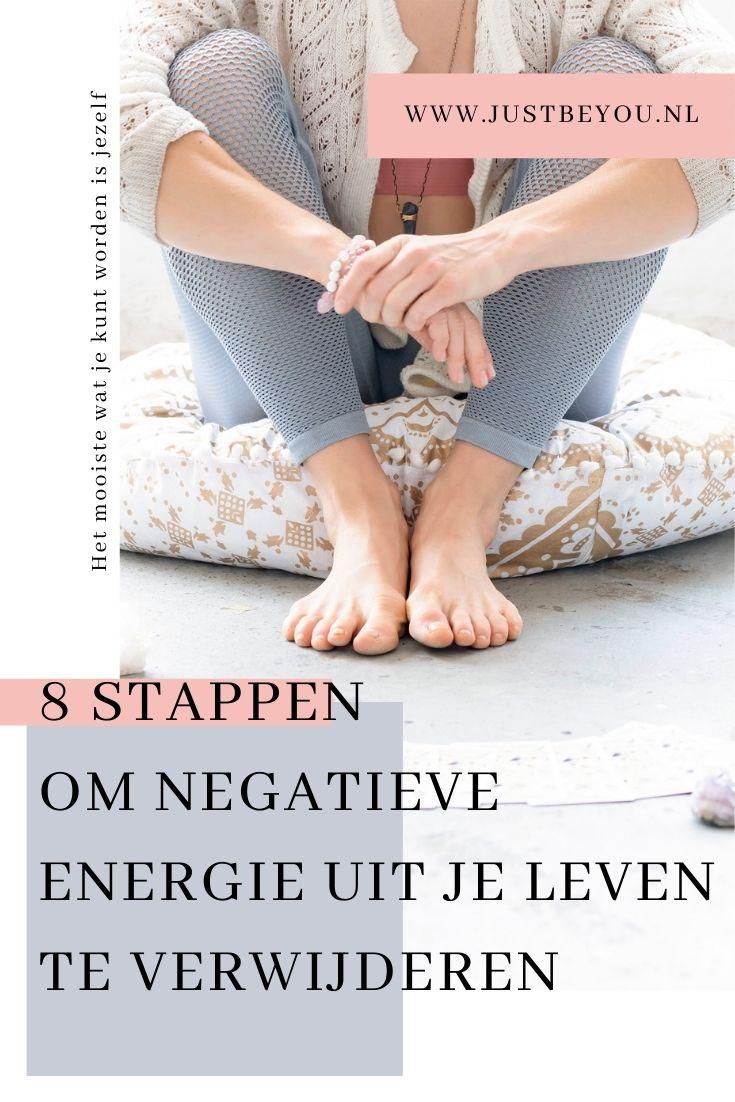 8 stappen om negatieve energie uit je leven te verwijderen